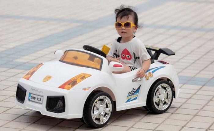 Nằm mộng thấy một em bé đang lái xe ô tô đánh con 24 - 93