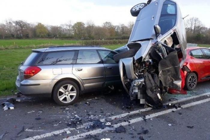 Chiêm bao thấy hai ô tô đâm vào nhau trên quốc lộ cược con số 34 - 52