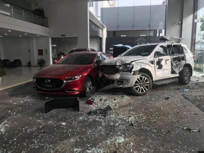 Giải mã giấc mơ tai nạn ô tô chuẩn xác nhất