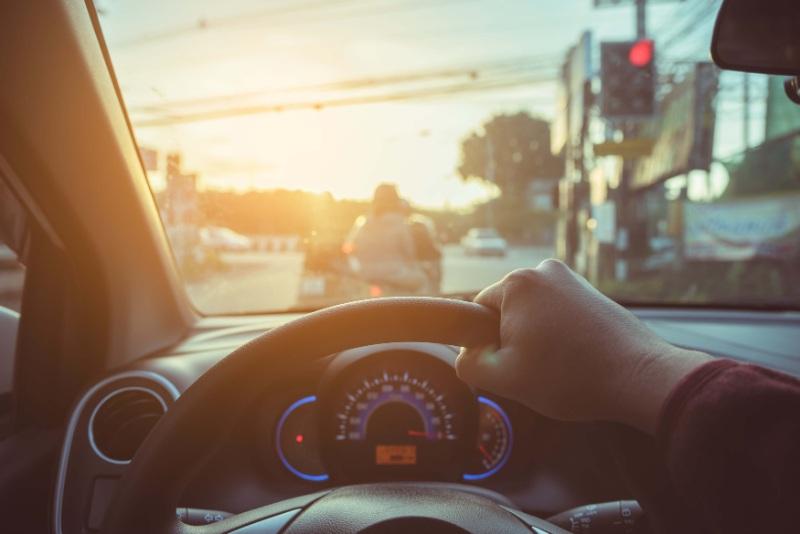 Ngủ mơ thấy mình đang học lái xe ô tô