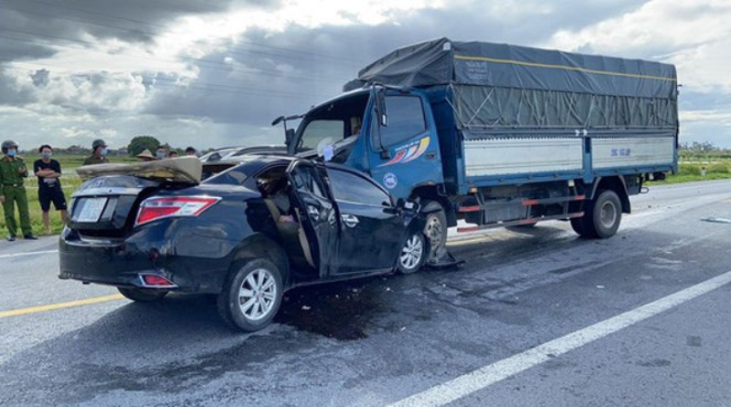 Mộng thấy lái xe tải đâm chết người ghi nhanh cặp số đề 83 - 91.